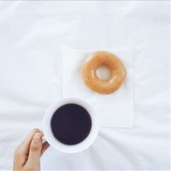 donut food sweets simple photography freetoedit