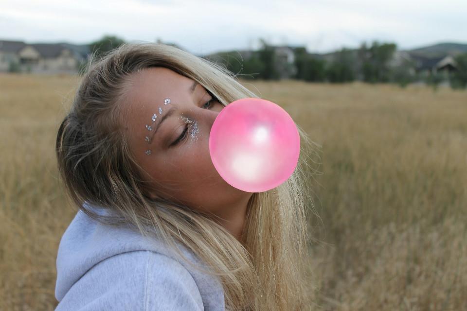 American Candy 💗#FreeToEdit  #balloon  #bubble gum  #bubblegum  #colorsplash  #colorful  #photography  #people  #summer  #edited  #wapBubbleGum