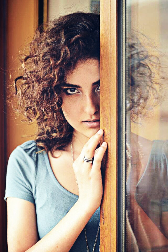 #throwback #portrait #curly #halfface #brown #photo_by_HrairBaze #artistic #girl #reflection #glass #eyes ✨ #photography #picsart #FreeToEdit