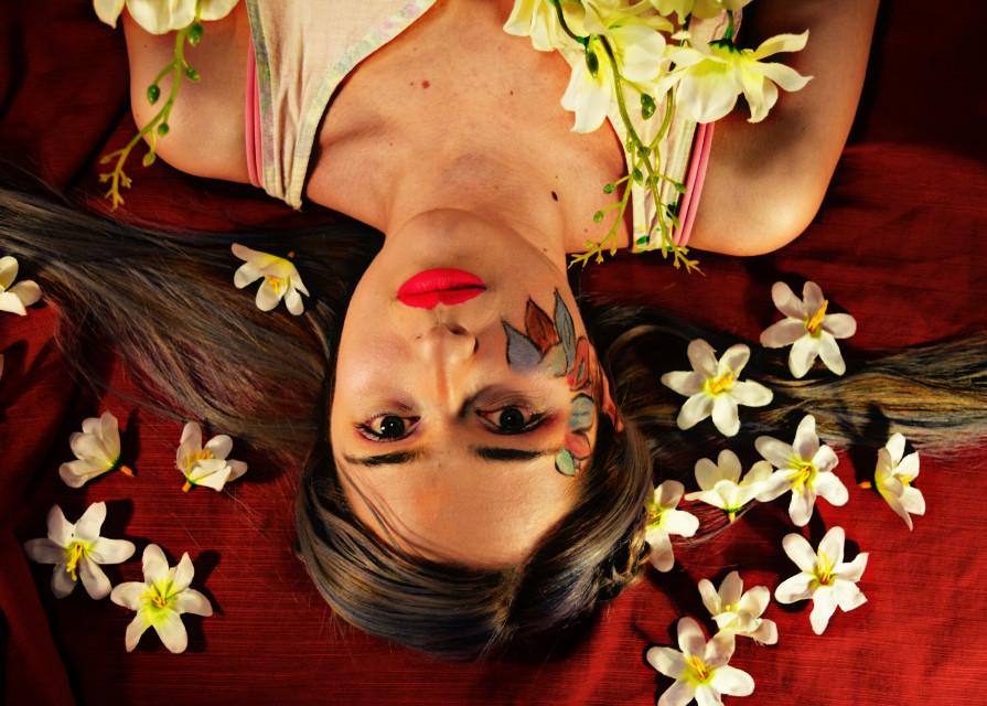 Surrealismo  #flowers  #colors  #portrait