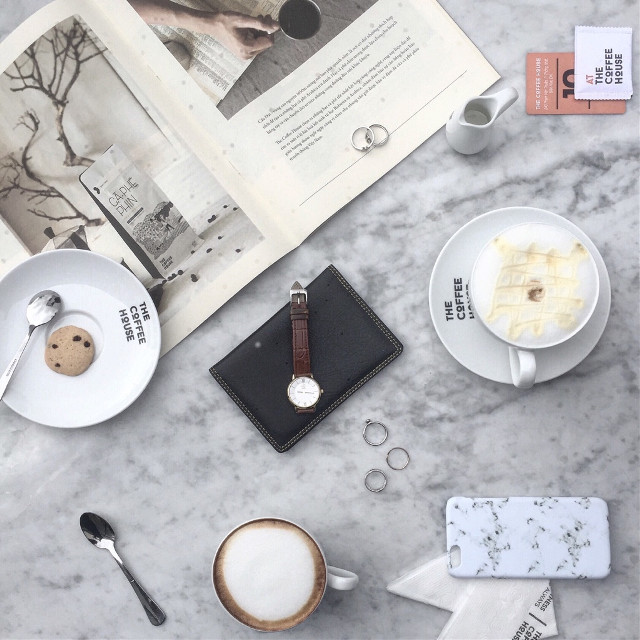 my insta: vaempire 💕 #flatlay #photooftheday #coffeelover #hangout #thecoffeehouse