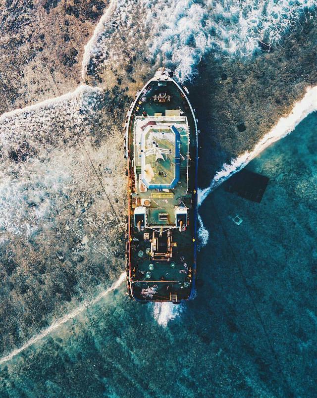 #barco  #agua  #lafotodeldia  #fotodeldia  #mar  #FreeToEdit  #oceano  #sheep