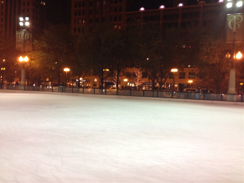 skating rink in chicago. #FreeToEdit #chicago #nofilter #night #illinois #lights
