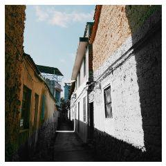 pretty black 巷 photography 当色彩与黑白碰撞